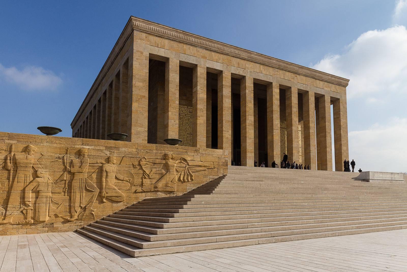 مقبره آتاتورک در انکارا