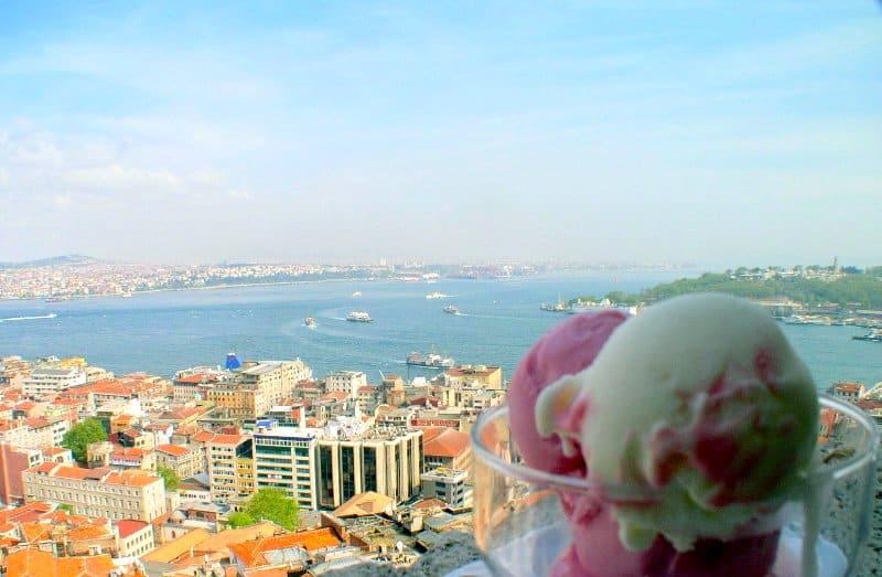 بستنی فروشی در استانبول