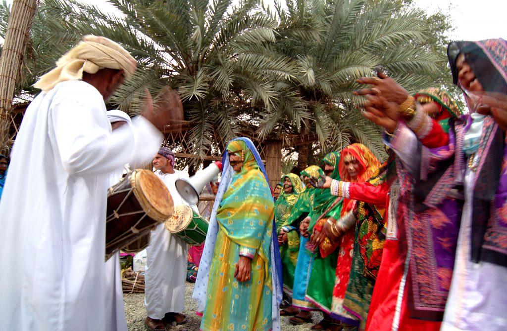 لباس مردمان عمان
